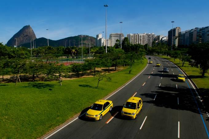 81_taxi-aterro