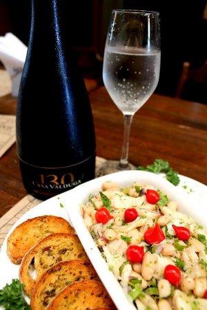 Dobradinha no Barsa: feijão-branco com bacalhau e 130 Brut, da Valduga