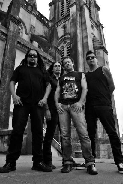 A banda Black Dog Brazil: clássicos do rock no Kult Kolector