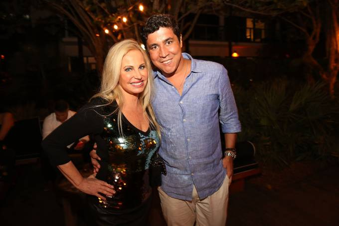 W South Beach Hosts Sunset Soiree With VIP Attendance
