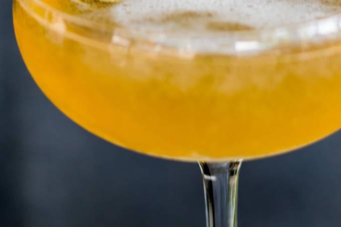 Drinques com espumante: old cuban do Astor