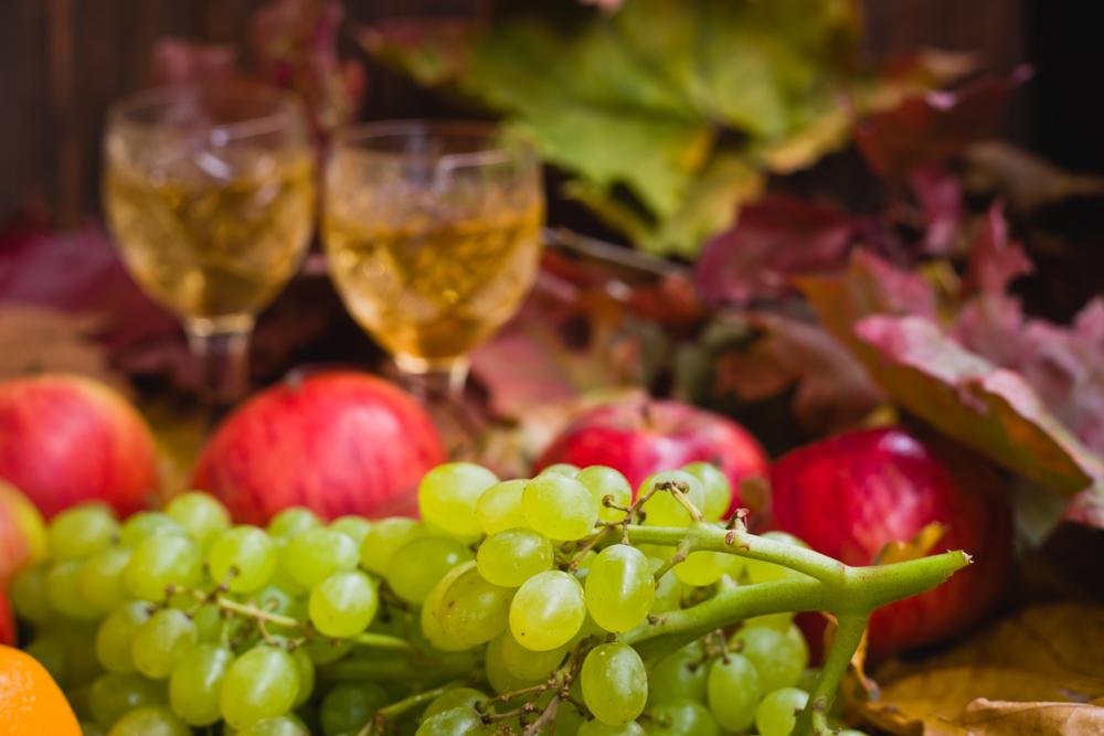 frutas e vinho