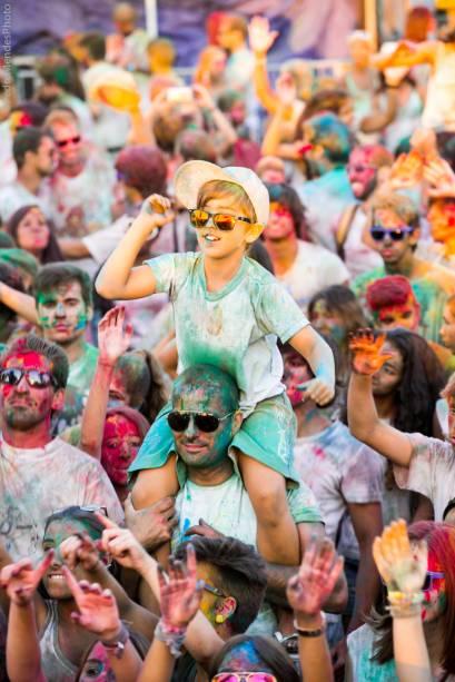 Happy Holi: também conhecido como Festival das Cores