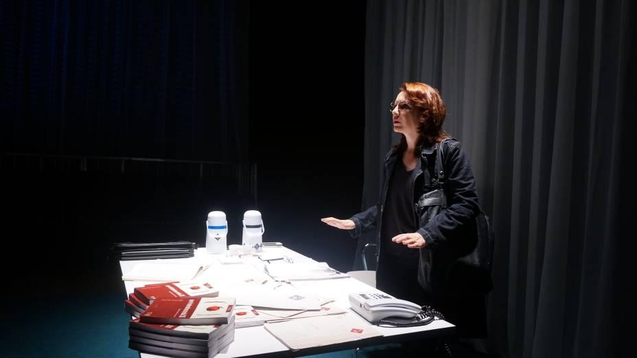 Luciana Fávero: no papel da universitária na peça de David Mamet