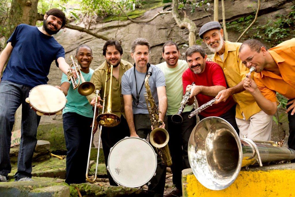 O grupo em foto de Silvana Marques: revivendo a tradição da música de coreto