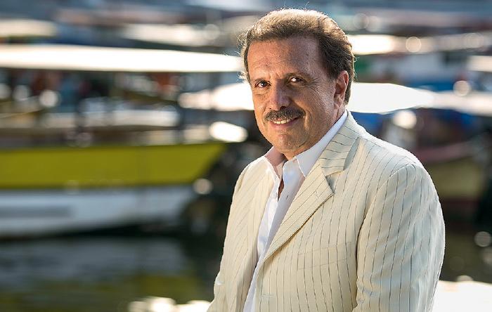 Eduardo Lages é maestro de Roberto Carlos há quase 40 anos Foto: Marcos Hermes