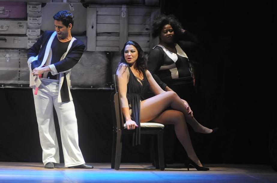 O Tombo: comédia de Rogério Blat está em cartaz no Teatro Miguel Falabella
