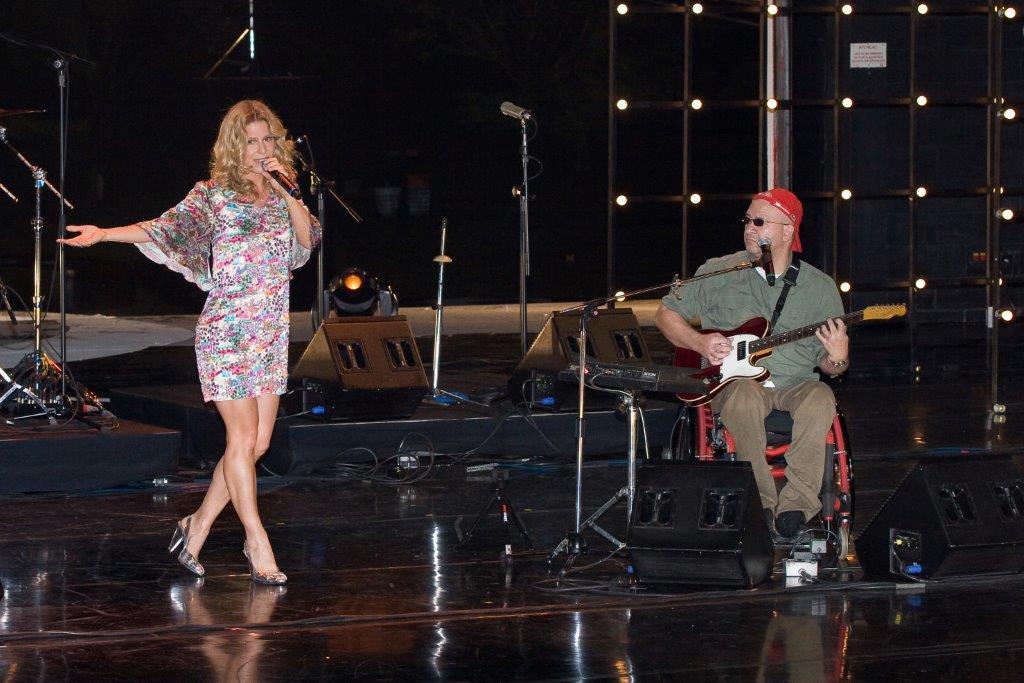 Paula Toller e o paralama Herbert Vianna em foto de Thiago Bernardes: próximo encontro dos dois celebra o rock nacional que eles ajudaram a criar
