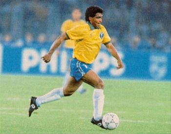 Romário só esteve em campo por 45 minutos na Copa de 1990, tempo que não foi suficiente para fazer nada relevante
