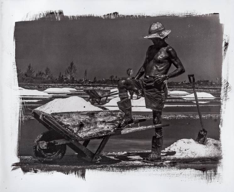 Desde 2011, Ricardo Hantzschel registra a extração de sal na Região dos Lagos