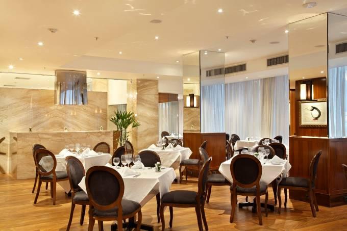 sal%c3%a3o_restaurante