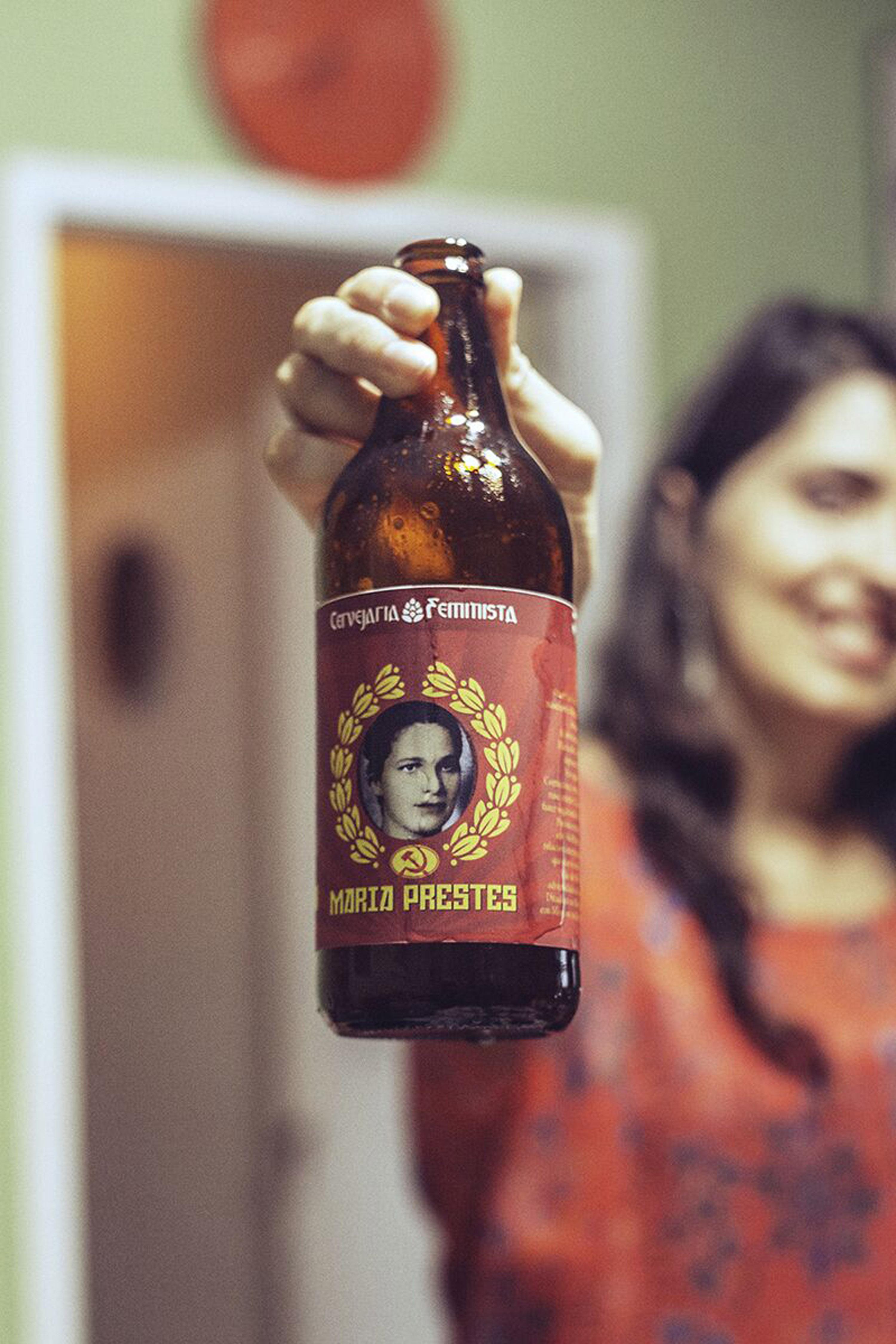 Cervejaria Feminista lança seu primeiro rótulo, Maria Prestes