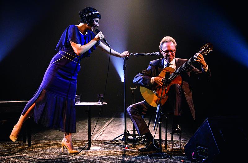 Lívia e Arthur Nestrovski: pai e filha em dueto
