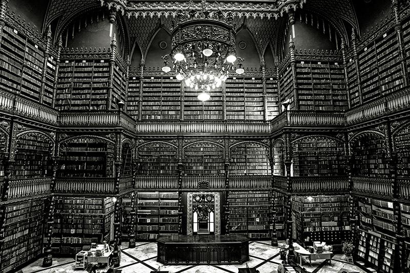 Biblioteca do Real Gabinete Português de Leitura, na Praça Tiradentes.