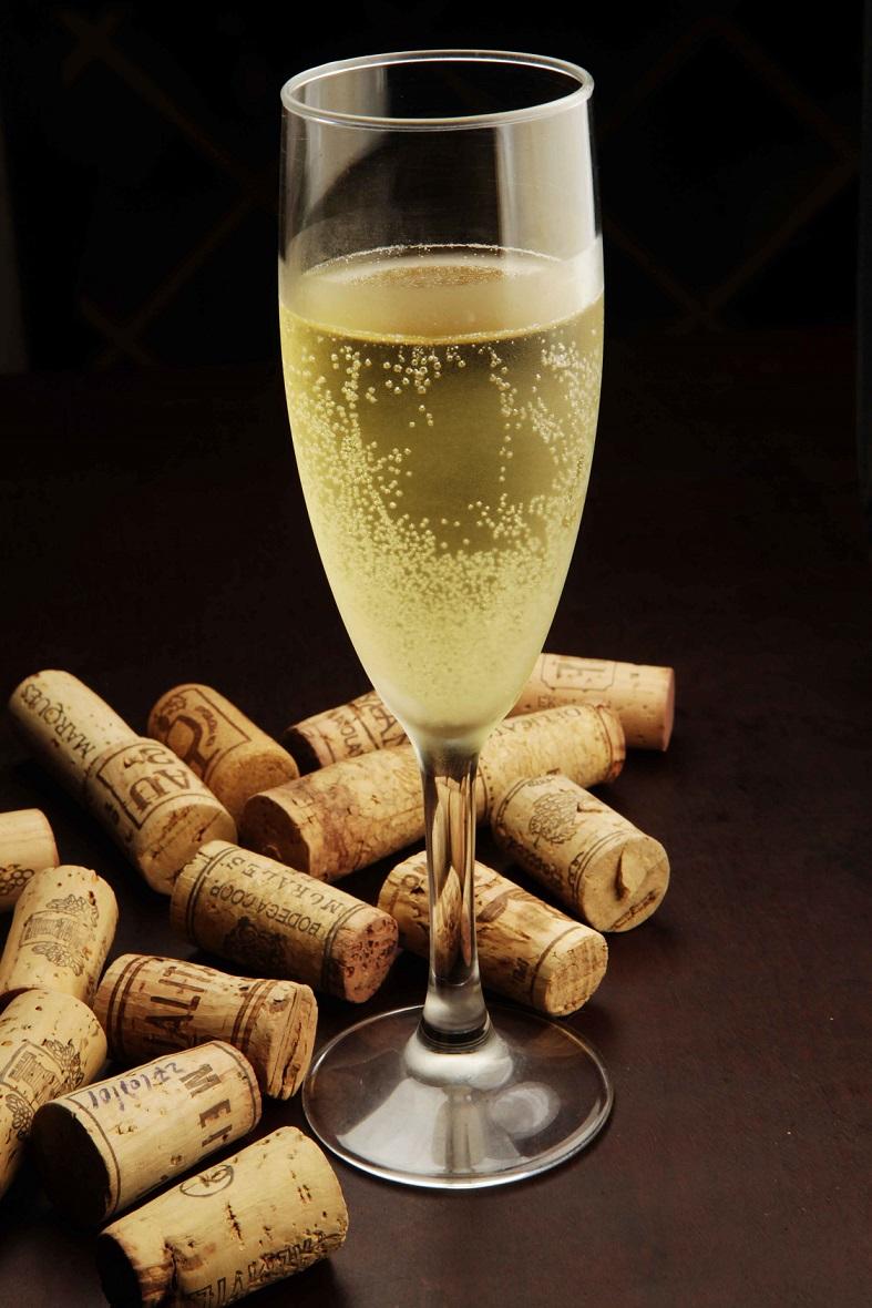 Enoteca em Laranjeiras faz degustação de vinhos de verão
