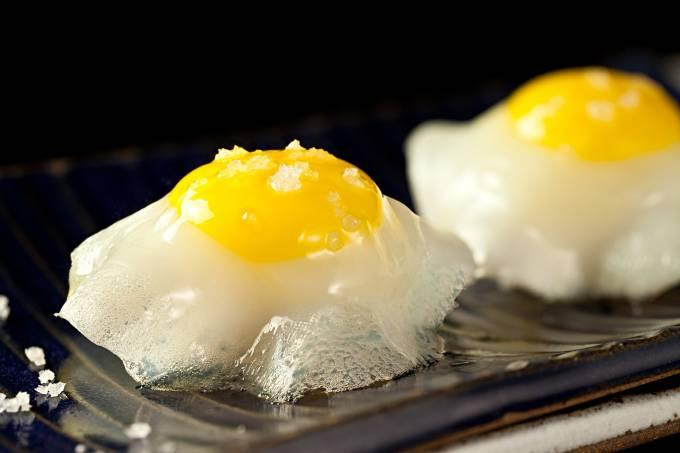 Sushi Leblon; dupla de ovo de codorna