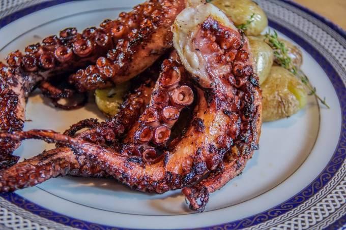 Tentáculos de Polvo com Batata ao murro