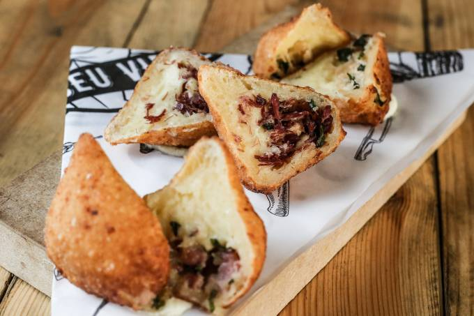 Seu Vidal: coxinha de pão de queijo