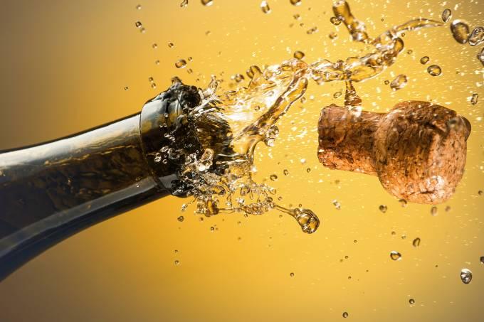 champagne-590279707