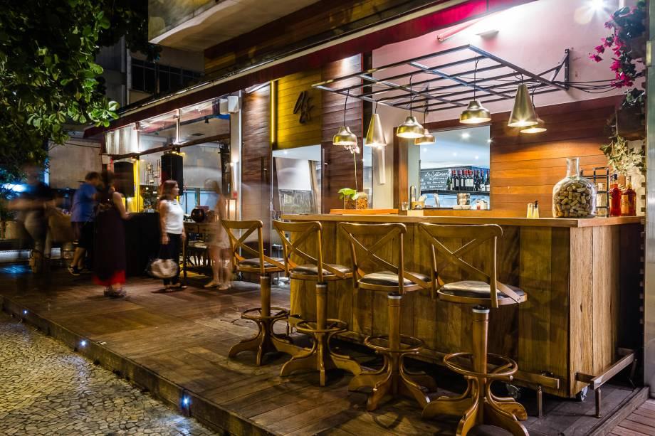 Alessandro & Frederico Café: novo bar na varanda