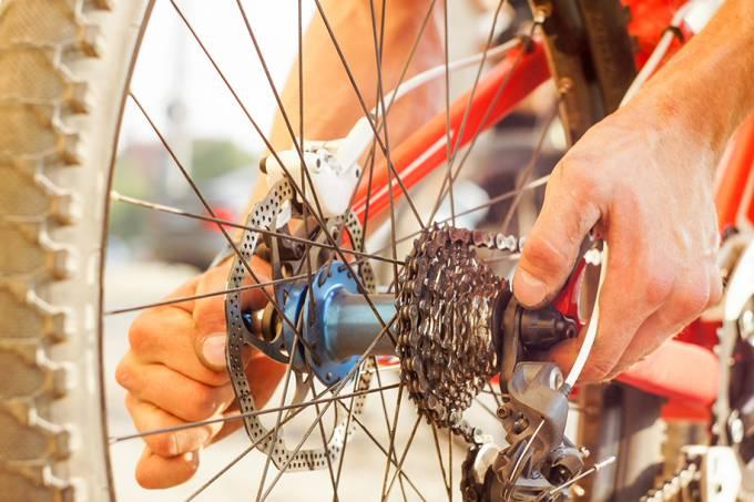 conserto de bicicleta