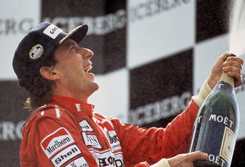 Senna comemora vitória