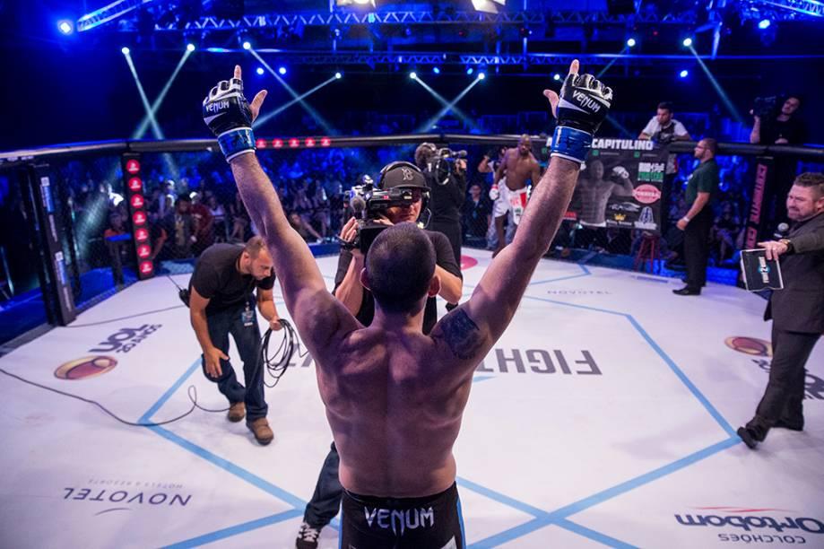 Fight 2 Night: o evento de MMA, que conta com cinco sócios, exigiu investimento de 5,8 milhões de reais, teve uma edição no Rio, outra em Foz do Iguaçu e a terceira será em São Paulo, em outubro