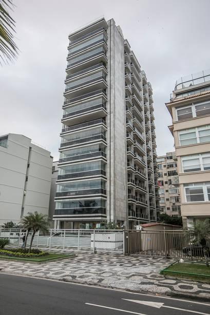 Apartamento em Ipanema Localizado na Avenida Vieira Souto, é ocupado pelo pai. O filho mora na Praia de São Conrado