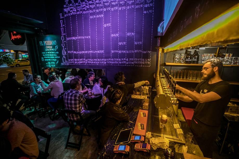 Bar Antuérpia: chopes próprios e convidados