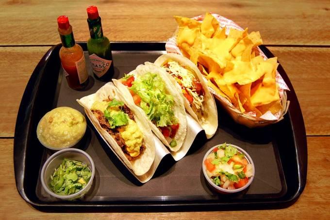 Oaks; tacos