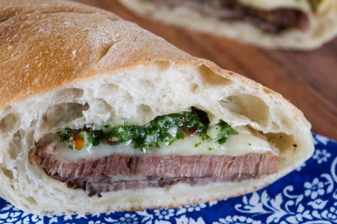 Deli Delícia; sanduíche