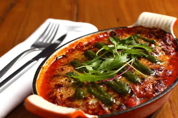 Nola; lasanha vegetariana