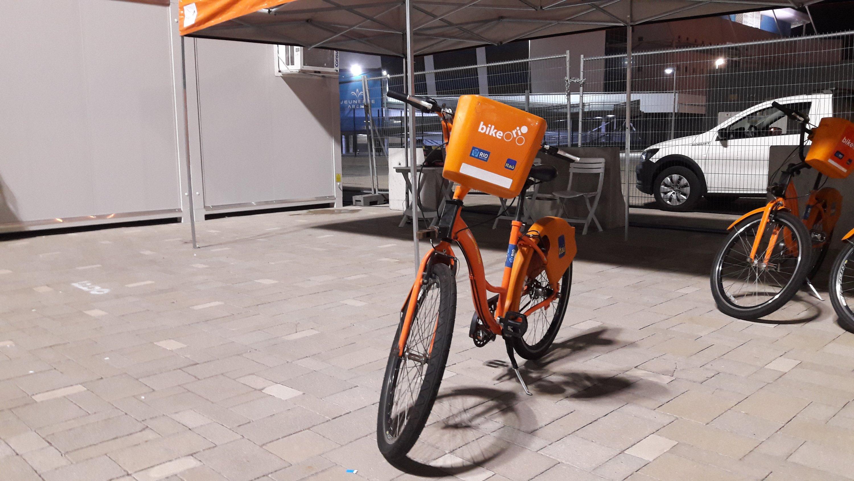 Estação do Bike Rio em frente à Cidade do Rock