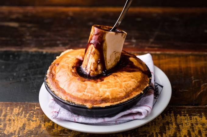 Astor – english pie