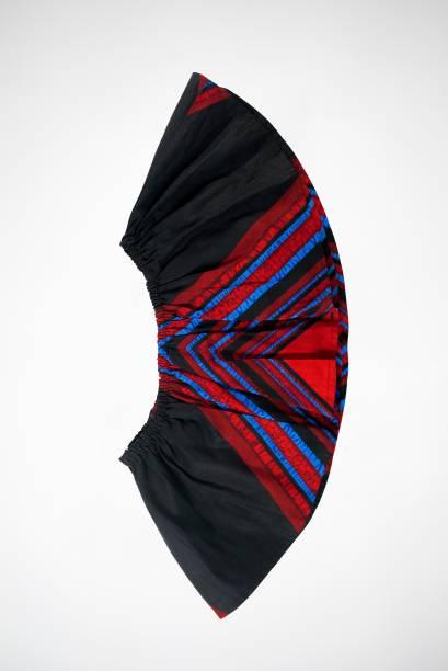 Cropped Babado Africano Preto Aduke. De R$180,00 por R$90,00