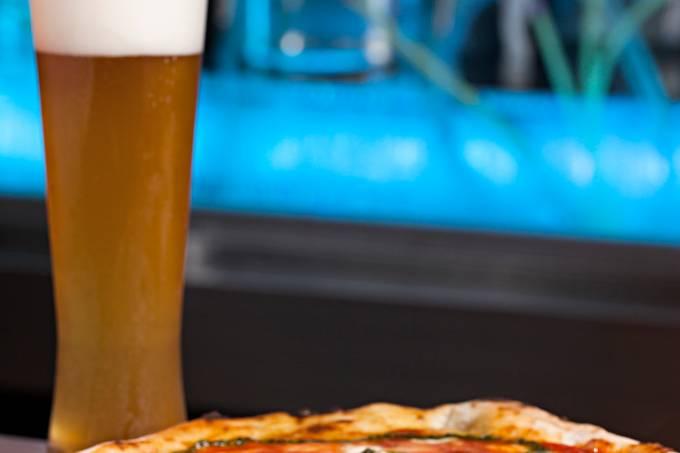 Birreria Escondido CA – Pizza marguerita especial e chope -Foto Rodrigo Azevedo