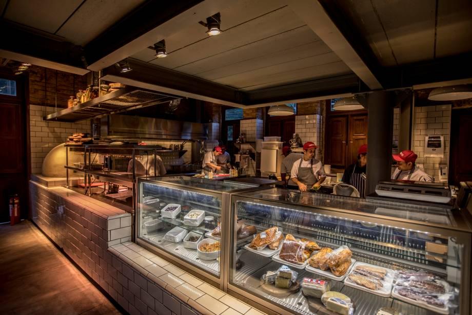 O restaurante e a deli com produtos artesanais são alguns dos atrativos do complexo