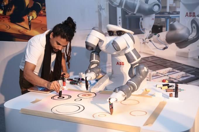 obra de arte robô