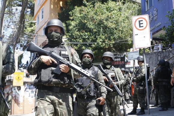 integração polícia forças armadas