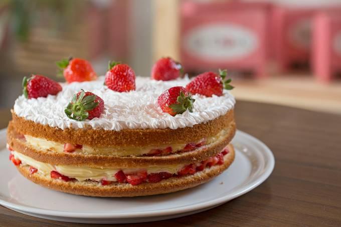 Le Doux Palharia; torta de morango