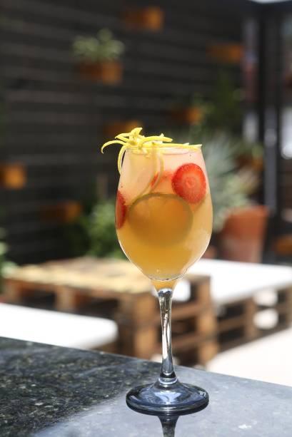 Twister: uísque, limão-siciliano e frutas (R$ 35,00)