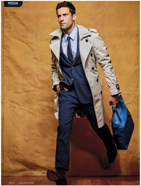 Primeira experiência internacional: como modelo fez trabalhos como um catálogo da Calvin Klein e posou para o fotógrafo Bruce Weber
