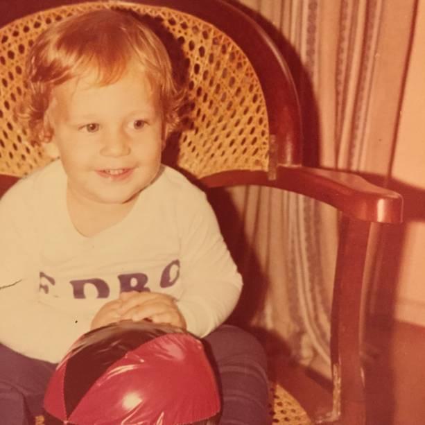 Aos 2 anos: filho de mãe professora e pai advogado, Pedro nasceu e foi criado em Laranjeiras