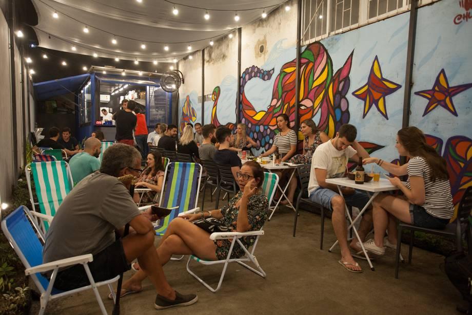 O ambiente descontraído do bar, em Botafogo