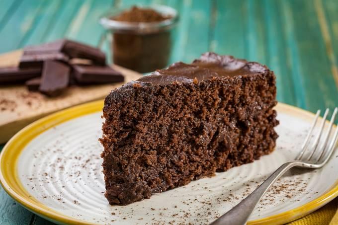 Veg +; bolo de chocolate vegano