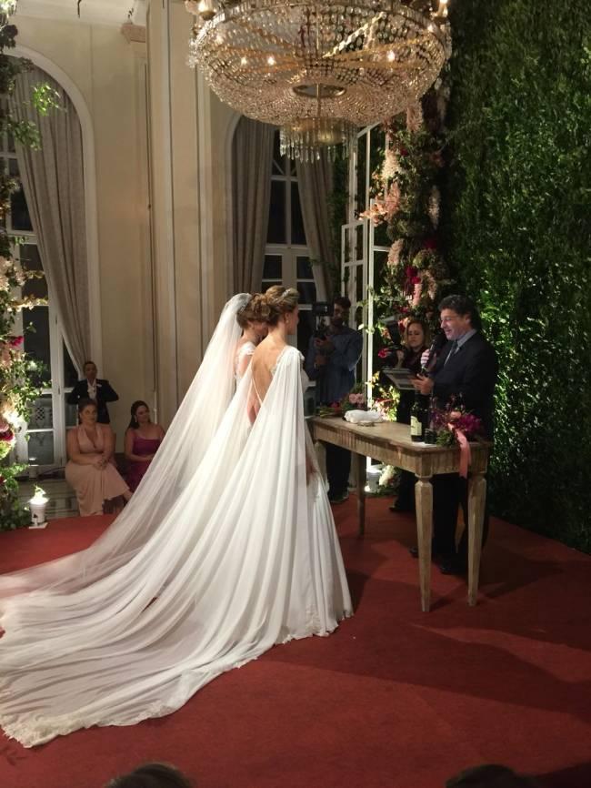 Priscila Raab e Roberta Gradel - casamento Copacabana Palace - mulheres - noivas