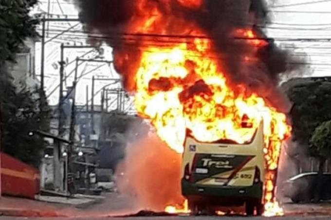 ônibus incêndio caxias