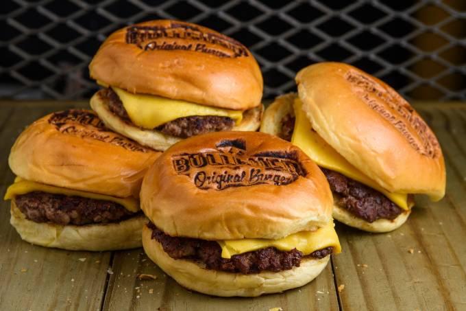 Cheeseburger Day_Bullguer_Lucas Terribili-1