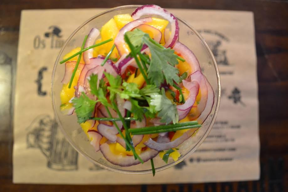 O ceviche de manga, com limão, cebola-roxa, coentro e pimenta dedo-de-moça é uma criação recente