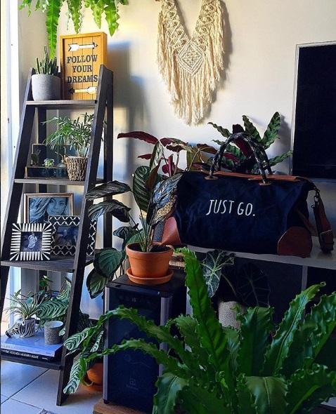 Apartamento da advogada Danielle Toledo, dona do Instagram @decorcommusica, em Jacarepaguá